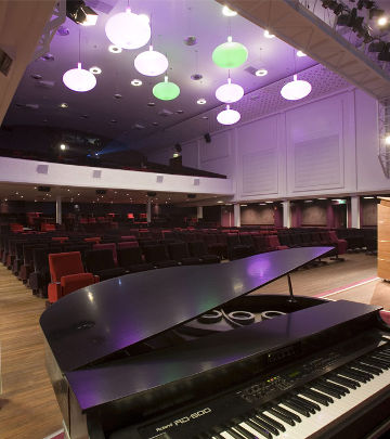 Regardz Meeting Center mit Philips LED-Theaterbeleuchtung